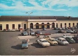Tarbes - La Gare - Voitures Anciennes - Non Circulée - Tarbes