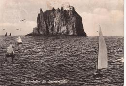 ISOLE EOLIE - ISOLA DI STROMBOLI - STROMBOLICCHIO CON BARCHE A VELA - VIAGGIATA 1956 - Italie