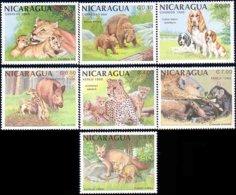 684 Nicaragua Lion Ourse Bear Cocker Spaniel Sanglier Guepard Cheetah Hyene Renard Fox MNH ** Neuf SC (NIC-69a) - Nicaragua