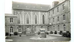 76* YVETOT CPSM Maison Des Sacres Cœurs - Yvetot