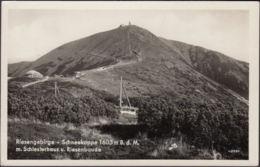 AK Riesengebirge Schneekoppe Mit Schlesierhaus Und Riesenbaude, Gelaufen 1942 - Sudeten