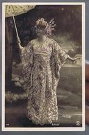 Artiste 1900-Sully - Costume Asiatique- Ombrelle-  Photo Reutlinger - Strass - Tanz