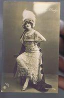 Artiste 1900-Gaby Deslys . E Veit Wien, 1910 - Tanz