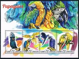 Bloc Sheet Oiseaux Perroquets Birds Parrots Neuf  MNH ** Guinea Guine Bissau 2015 - Parrots