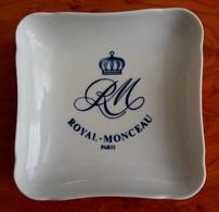 Cendrier Ashtray : Hôtel Royal Monceau à Paris : Porcelaine Pillivuyt - Porcelana