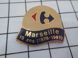 1016c Pin's Pins / Beau Et Rare / THEME : MARQUES / MAGASIN CARREFOUR MARSEILLE 15 ANS - Bowling