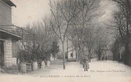 CPA 84  BEDARRIDES  AVENUE DE LA GARE - Bedarrides
