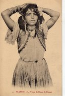 ALGERIE La Tenue De Danse De Fatmah - Donne