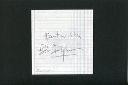 Autographe ORIGINAL Signed Du Chanteur Britannique BOB DYLAN Feuillet Découpé D'un Carnet D'autographes - Autografi
