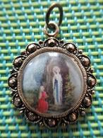 Religious Medal - Maria Lourdes - Religion & Esotérisme
