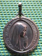 Religious Medal - AVE MARIA GRATIA PLENA - Lourdes - Fr MB - Religion & Esotérisme