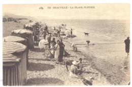 CPA 14 - DEAUVILLE (Calvados) - 162. La Plage Fleurie - Animée - Deauville