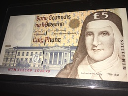 See Photos. Ireland 5 Pounds 1999 UNC Banknote - Irlande