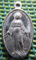 Religious Medal - O Marie Conçue Sans Péché Priez Pour Nous Qui Avons Recours A Toi - Religion & Esotérisme