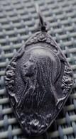 Religious Medal - Madonna - Lourdes - Religion & Esotérisme
