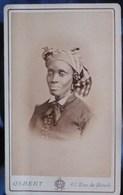Photo CDV Osbert à Paris - Second Empire Superbe Portrait Femme Africaine Type Antillaise Circa 1865 L445 - Alte (vor 1900)