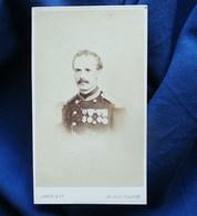 Photo  CDV Jamin à Paris - Second Empire Militaire Officier Médailles (4 Décorations) Sous Lieutenant Infanterie L329 - Photos