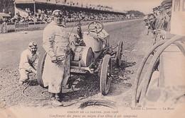 D72  Circuit De La Sarthe 1906   Gonflement Des Pneus Au Moyen D'un Obus à Air Comprimé - Le Mans