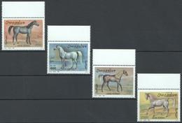 E197 !!! ONLY ONE IN STOCK 1996 SOOMAALIYA FAUNA WILD ANIMALS ARAB HORSES 1SET MNH - Cavalli