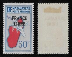 "MADAGASCAR 1943 PA 51* - VARIETE ""SAC POSTAL"" - Posta Aerea"