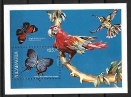 NICARAGUA 1996 BUTTERFLIES AND BIRDS  MNH - Mariposas