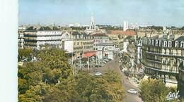 Dijon - La Place Darcy Et La Porte Guillaume   Q 1666 - Dijon