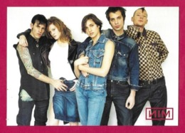 CPM.   NIM, La Boutique Galerie De LEVI'S.   Vêtements.   Postcard. - Advertising