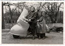 Photo Originale Motocyclisme & Scooter 1954 Maico Mobile MB 175 & Couple De Propriétaires - Wielrennen