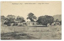 "AFRIQUE - HAUT-SENEGAL - NIGER - BOBO-DIOULASSO - ""Village Bobo"" - CPA - Niger"