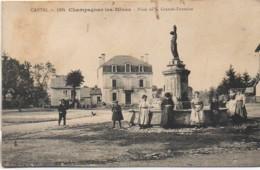 15 CHAMPAGNAC-les-MINES  Place De La Grande Fontaine - Frankreich