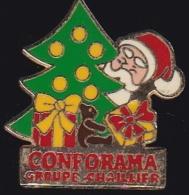 64212- Pin's.conforama.groupe Chaillier.Père Noel.Sapin.signé Arcane. - Navidad