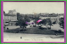 CPA - 35 - RENNES - La Place De La Gare - Animé Dans La Rue Et Sur Les Banc  Vue Sur Hotel De La Gare - Rennes
