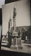 CSM -  5.  GURUNHUEL -  Le Calvaire Et L'église - Autres Communes