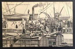 DUNKERQUE - Déchargement D'un Navire - 1904 - DUINKERKEN - Animation - Schip - Boot - Bateau - Boat - Dunkerque