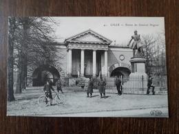 L27/801 LILLE - Statue Du Général Négrier - Lille
