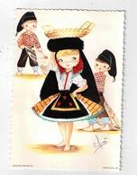 PORTUGAL, Nazare-Infantil In Native Dress In SILK, Old Postcard - Ansichtskarten