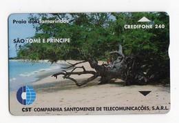 SAO TOME TELECARTE REF MV CARD STM-07 240U CN 911L DATE 1998 TAMARINDS BEACH MINT 4000 Ex - São Tomé Und Príncipe
