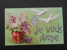 """Colombes Volant Vers Vase Rouge Plein De Lilas - """"Je Vous Aime"""" écrit En Muguet - Gaufrée - N° 1604 - Birds"""