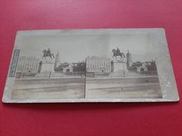 PHOTO STEREOSCOPIQUES SUR CARTON / LYON / PLACE LOUIS LE GRAND / 1900 / DOS SCANNE - Photos Stéréoscopiques