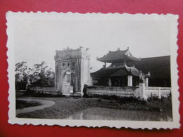 VIETNAM HUE PAGODE DE MANDARIN 1932 PHOTO 8.5 X 6 - Lieux