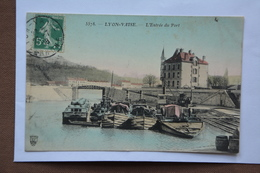 LYON-VAISE-l'entree Du Port-(attention Mauvais Etat-decollement Important) - Autres