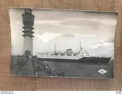 DUNKERQUE Jetée Ouest Arrivee Du Ferry Boat - Dunkerque