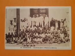 CPA Provenant D'un Carnet - ZANZIBAR - Ancienne Photo D'esclaves Délivrés - Autres