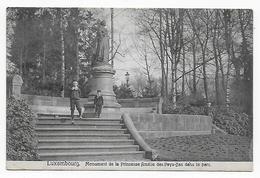 Luxembourg, Monument De La Princesse Amélie Des Pays-ba Dans Le Parc - Luxembourg - Ville