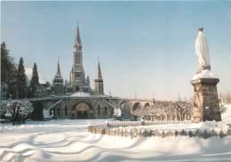 65 - LOURDES - SOUS LA NEIGE - Lourdes