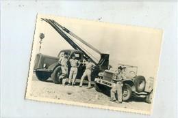 PHOTO AMATEUR ANNEE 50 .  4x4  Camion Militaire - Transporter & LKW