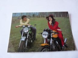 Cpsm  Couple Sur Moto  Norton  Ect... - Motorbikes