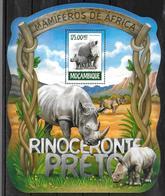 MOZAMBIQUE  BF 953  * *  ( Cote 16e )  Rhinoceros Noir - Rhinocéros