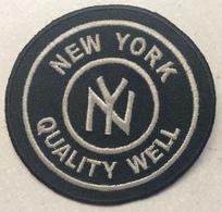 PATCH NEW YORK QUALITY WELL - Historische Bekleidung & Wäsche