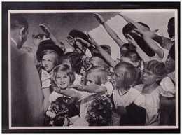 """DT- Reich (008890) Propaganda Sammelbild """"Adolf Hitler"""" Bild 167, Kinderhände - Lettres & Documents"""